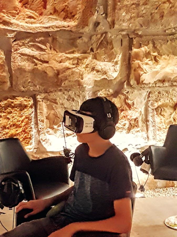 מציאות מדומה בכותל!! משקפות וירטואליות - כל מה שחדש לחוגגי בר מצווה בכותל